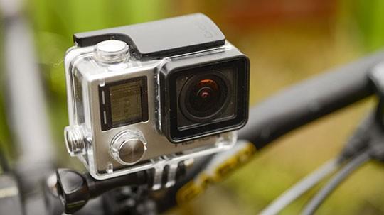 اکشن کمرا یا دوربین ورزشی