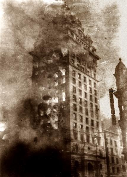 مستند ساز آمریکایی ارتور (Arthur C. Pillsbury) که با استفاده از تایم لپس از زلزله فیلمبرداری میکرد