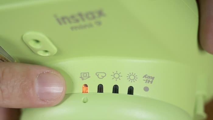دوربین چاپ سریع Instax MINI 9 دارای حالت های مختلف عکسبرداری در تمامی محیط ها محصولی جدید از مینی دی وی پرو